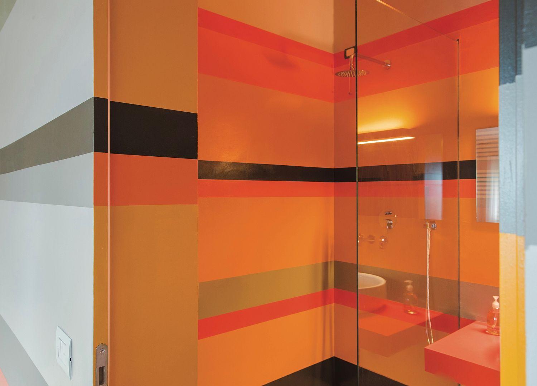 Vivacious-modern-interior-with-a-splash-of-orange