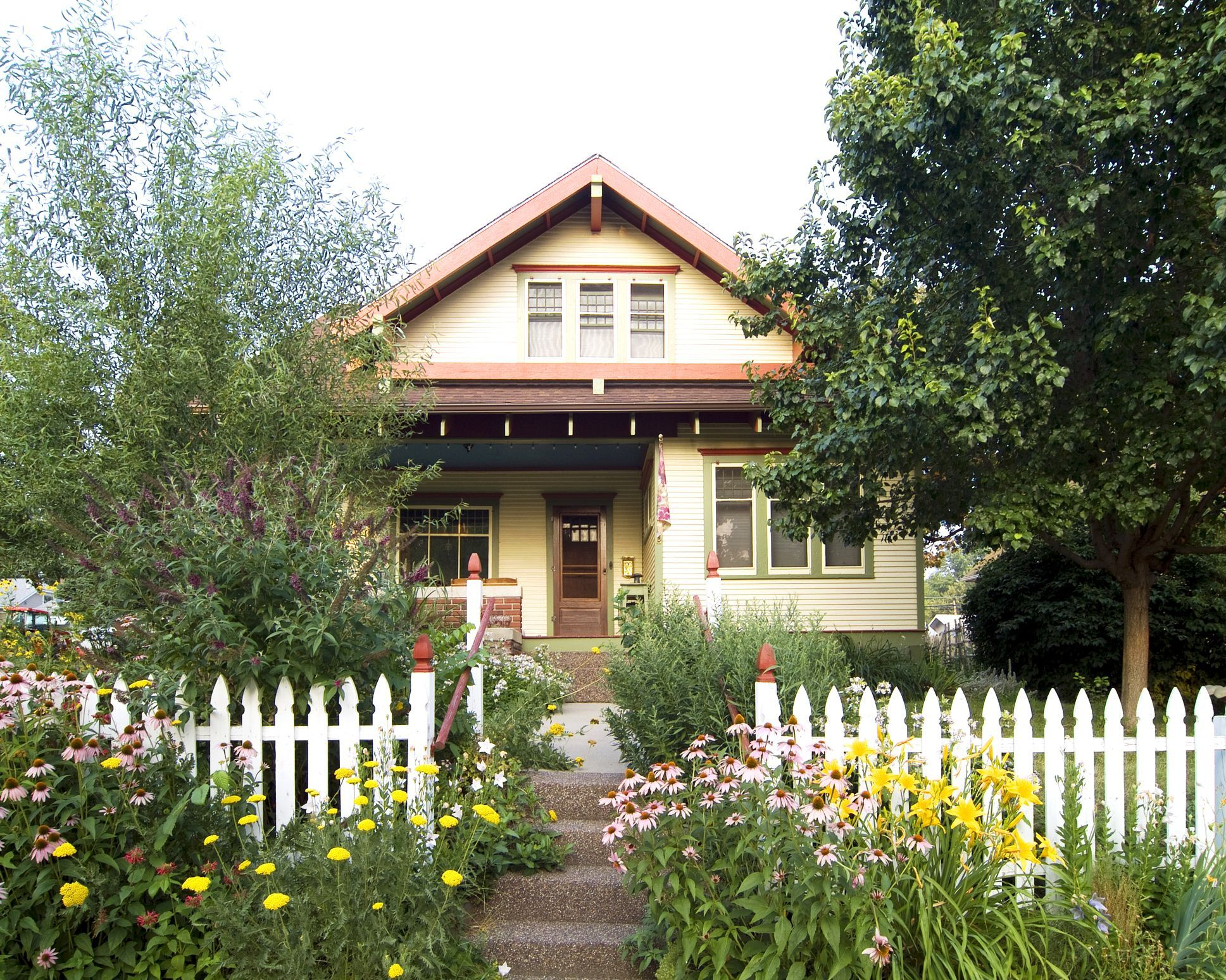 White-picket-fence-hidden-among-the-flowers