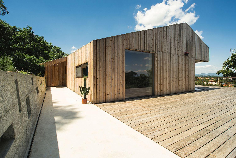 XLAM wood, concrete, cement and iron create a modern B&B