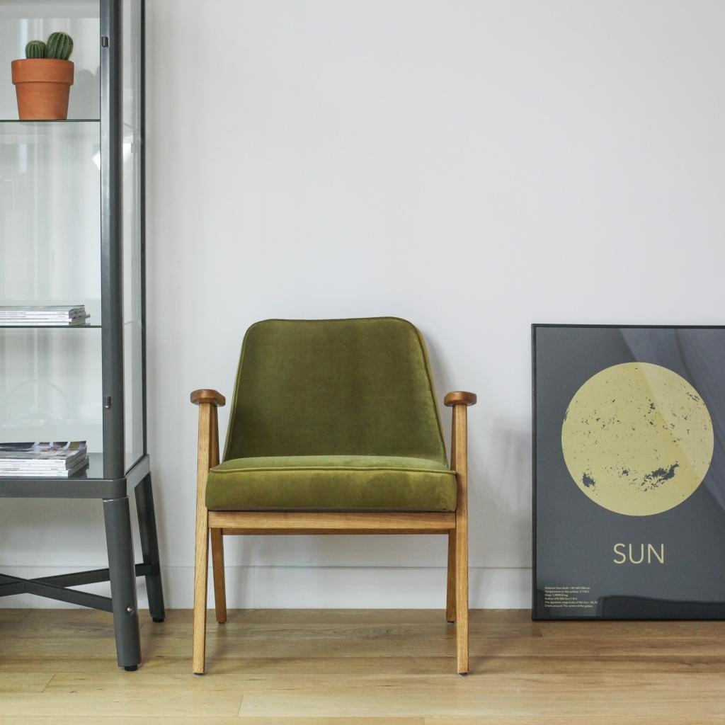 366-easy-chair-in-velvet-upholstery