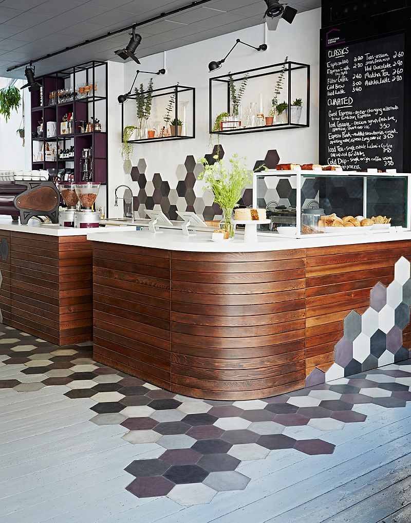 An ingenious idea that combines hexagonal tile and wood