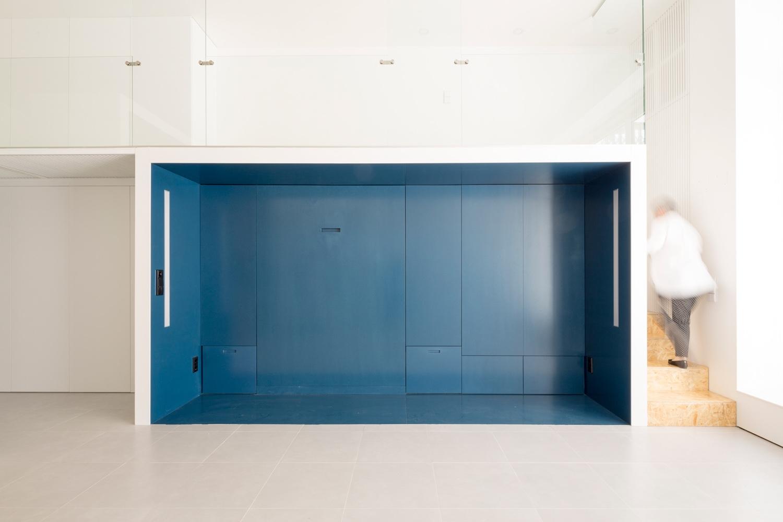 By Studio blue sleeping module