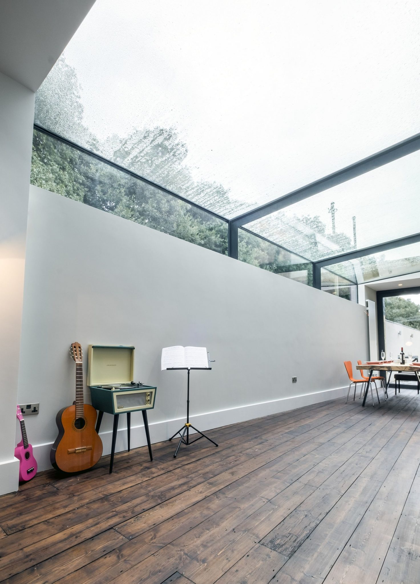 Modern revamp involving a glass roof transforms this dark for Contemporary roof