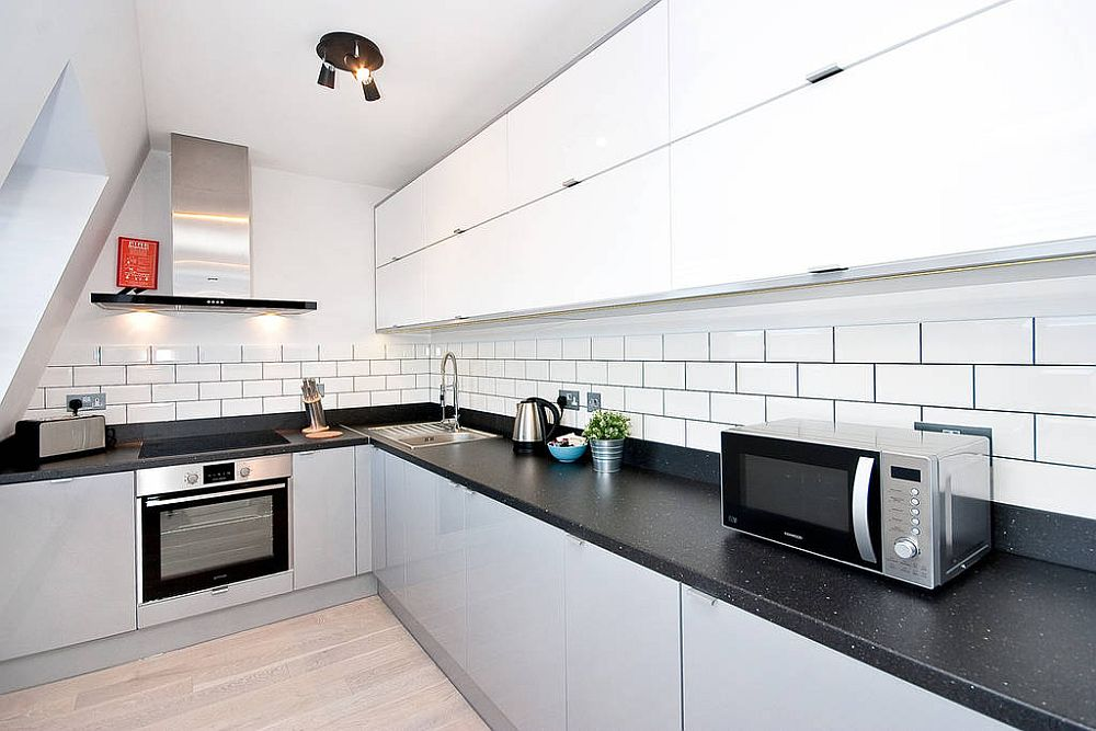 Corner, L-shaped kitchen is a modern space saver
