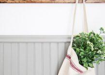 DIY-rustic-towel-and-coat-rack-217x155