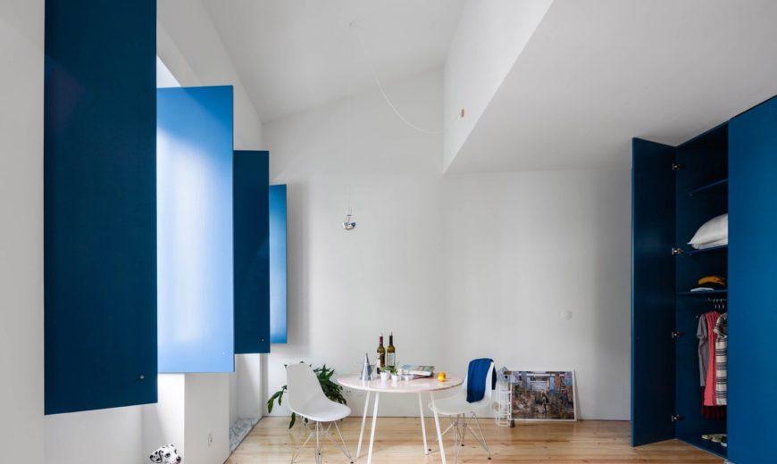Five Contemporary Homes Enjoy a Deeper Shade of Blue