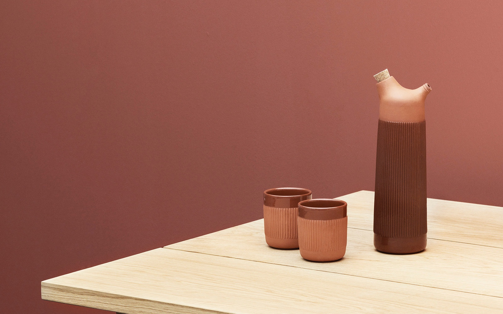 Junto-carafe-and-cups-I