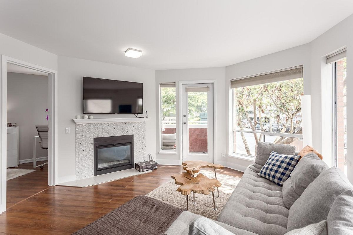 Living-room-of-the-stylish-and-renovated-Vancouver-home