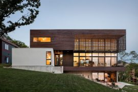 Serene Lakeside Contemporary Home Leaves Behind Urban Rush