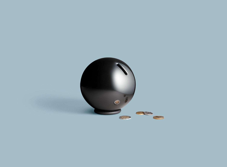 Nest in black