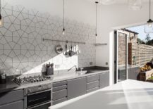 Polished and monochromatic kitchen with geo style 217x155 Gorgeous Geo Flair: 10 Trendy Kitchens with Hexagonal Tiles