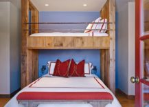 Rustic bedroom twin beds doubles as a smart guest room 217x155 15 Small Guest Room Ideas with Space Savvy Goodness