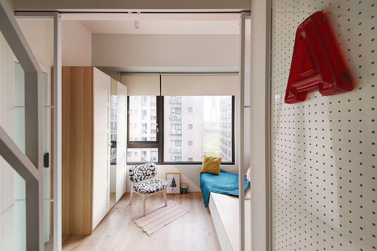 Space-savvy-interior-of-modern-New-Taipei-City-apartment