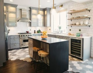 Gorgeous Geo Flair: 10 Trendy Kitchens with Hexagonal Tiles