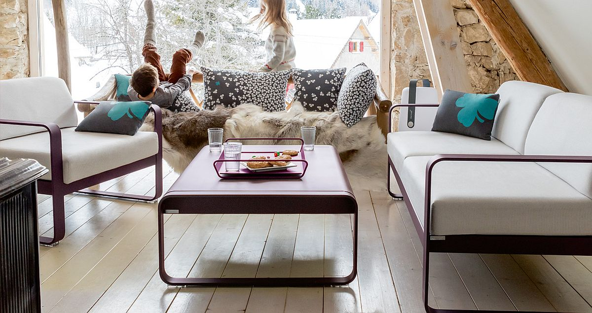 Trefle-outdoor-cushions-also-work-well-indoors