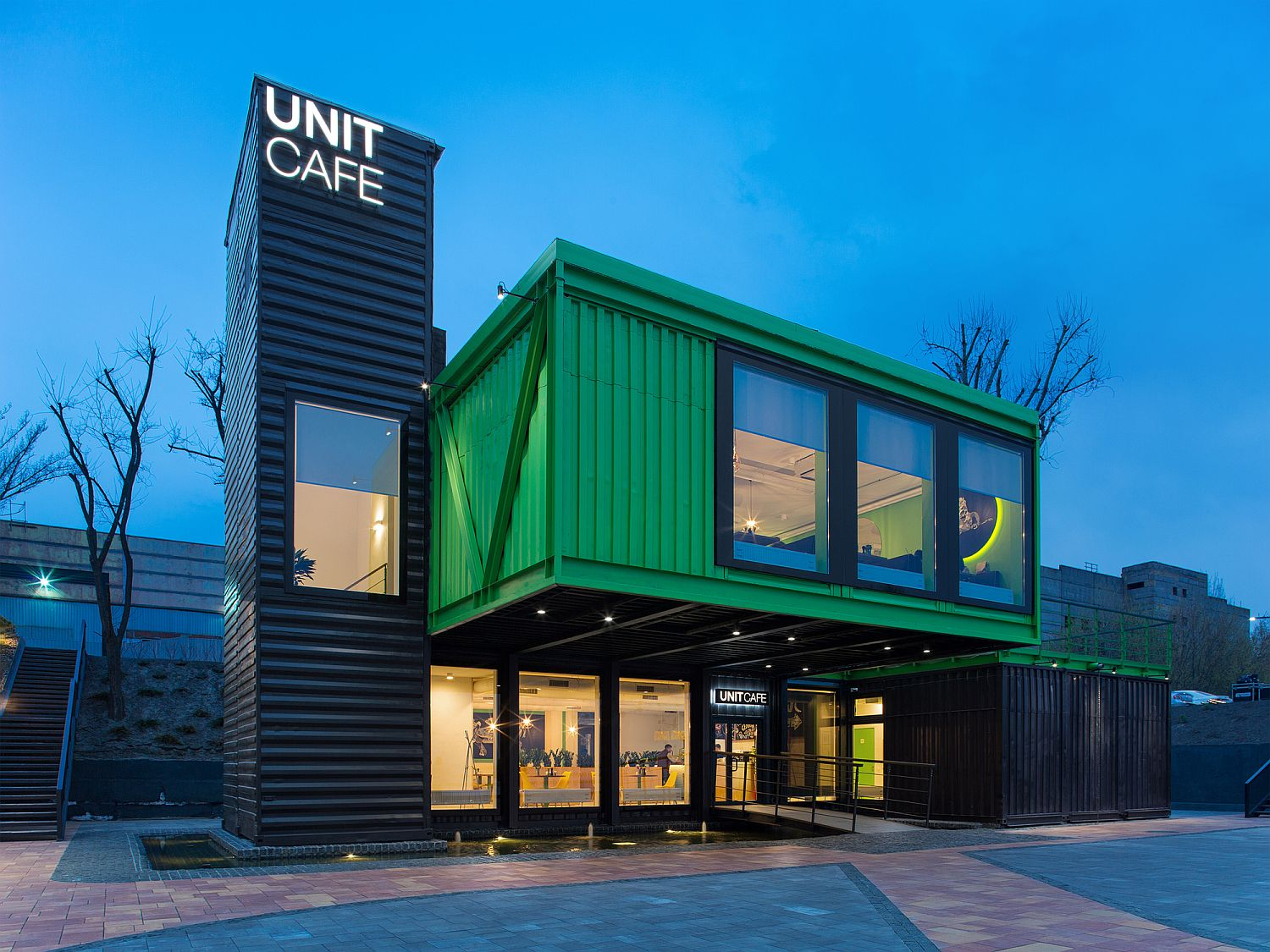 Unit Cafe in Kiev built using shipping containers