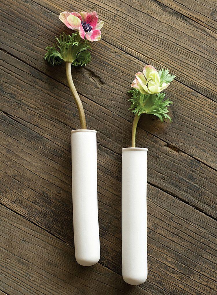 Vertical goodness 10 diy living walls kits for green living for Test tube vase