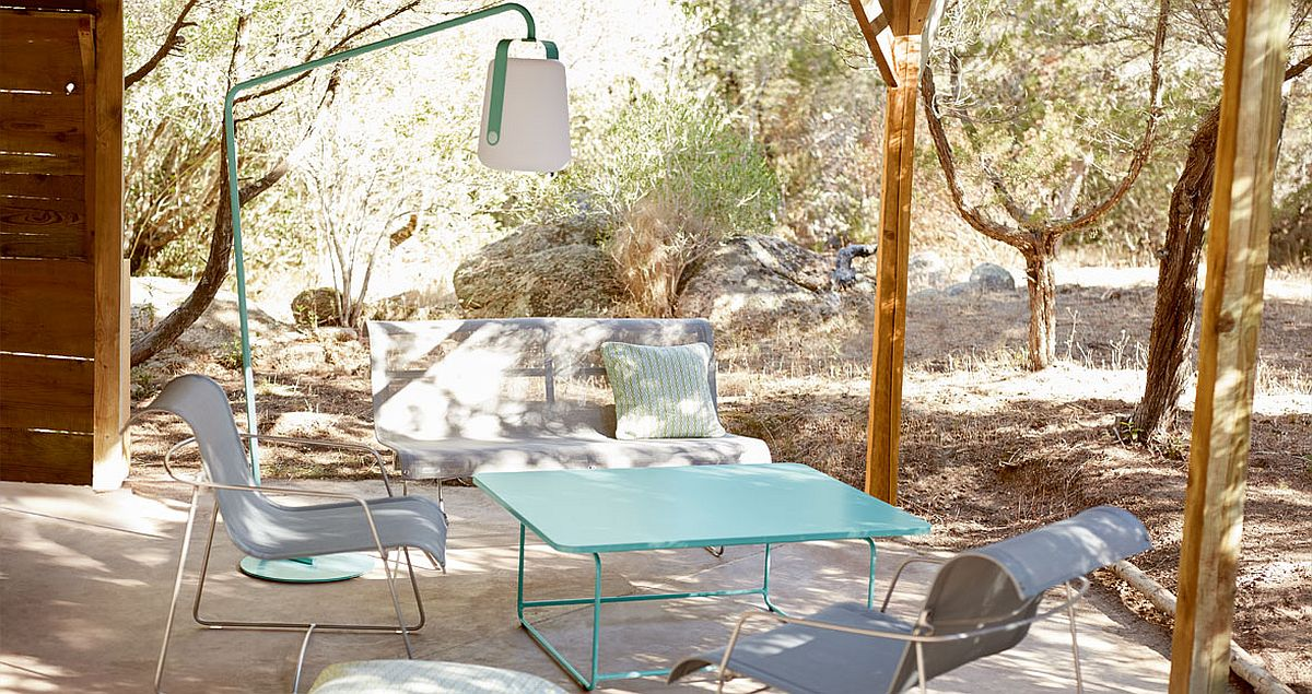 Balad outdoor lamp for the relaxing, modern hangout