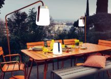 Flexible-and-slim-stands-for-the-Balad-lamp-bring-it-to-the-outdoor-dining-217x155