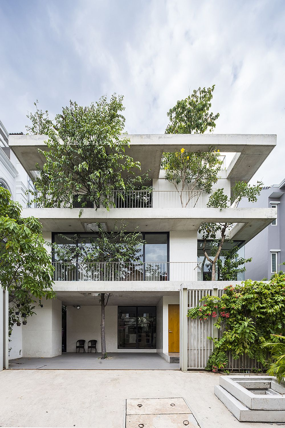 Innovative Stacked Planters House in Ho Chi Minh City, Vietnam