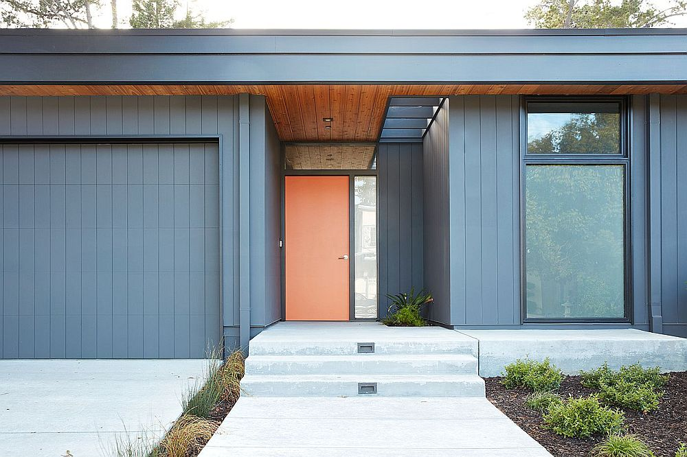 Modern-home-in-Claifornia-with-a-bright-orange-door-inspired-by-classic-Eichler-homes