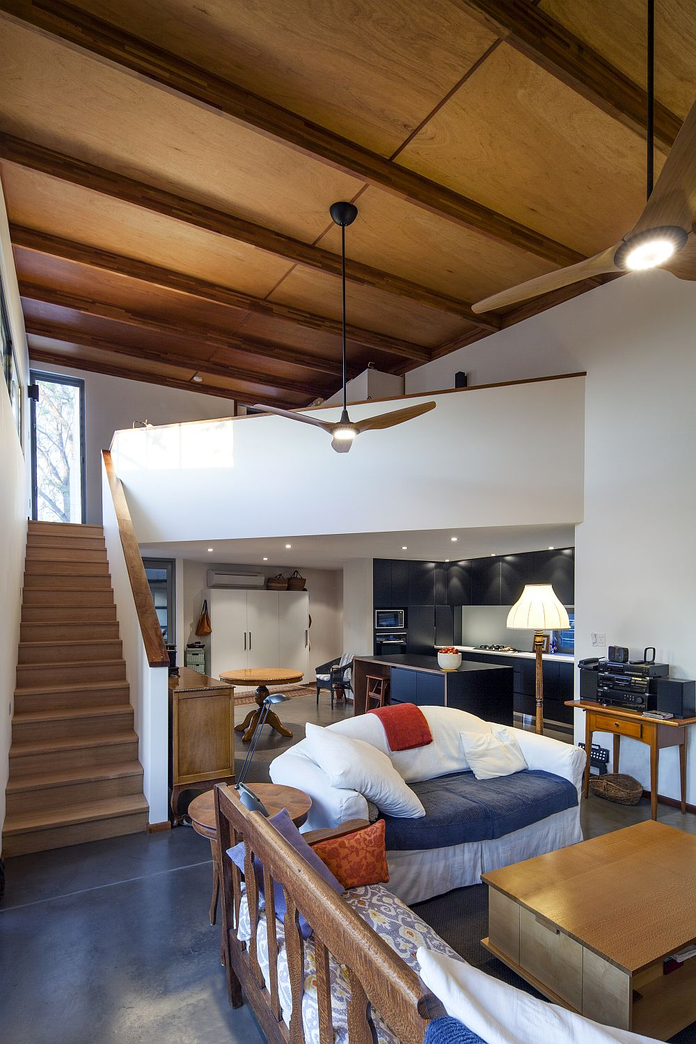Open-lower-level-living-space-of-the-contemporary-Aussie-home