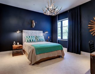 Colorful Charisma: 15 Ways to Upgrade your Interior with Stunning Blue Drapes