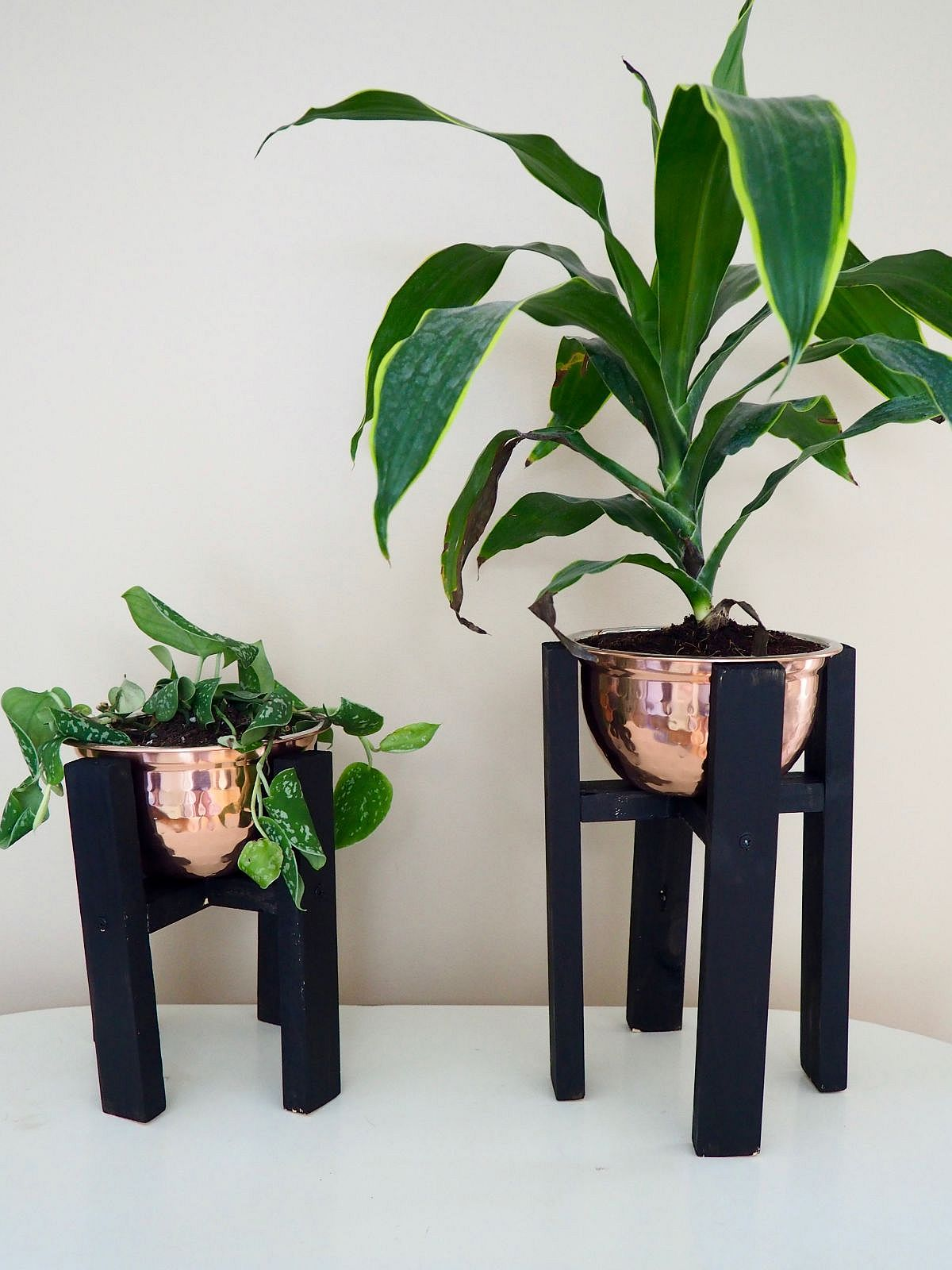 Smart copper and wood DIY planter is both modern and understated