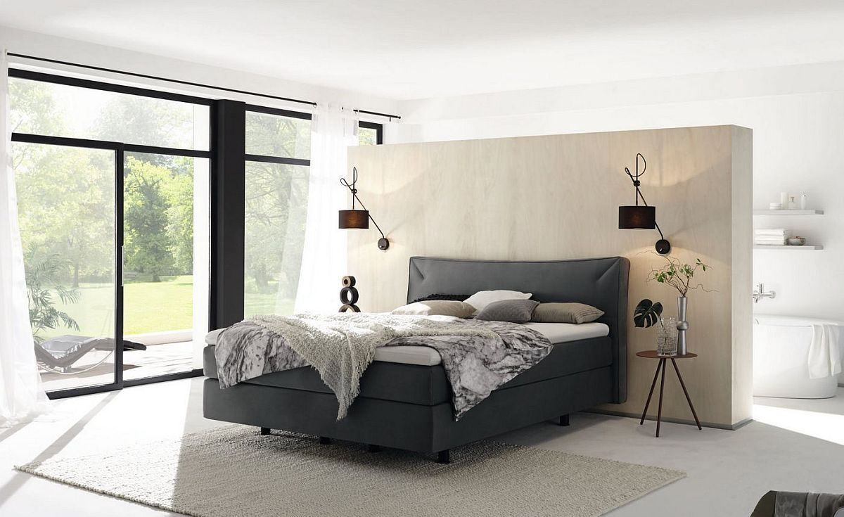 Unique micro-swinging property of Boxspring provides a luxurious resting space