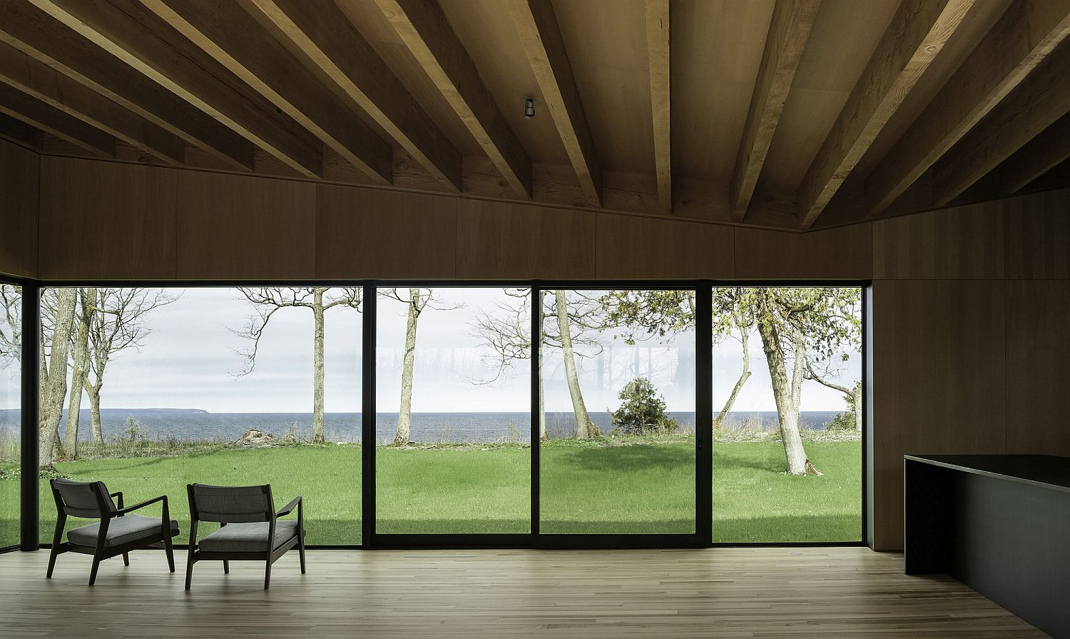 Unobstructed view of Lake Michigan from the upper level