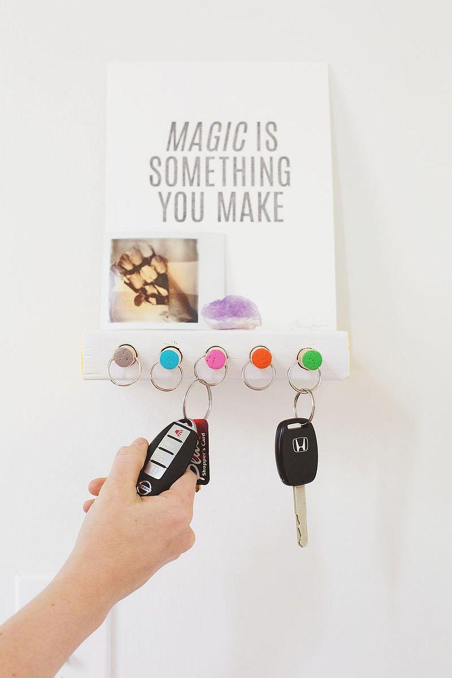 Chic and modern key holder DIY