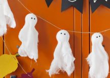 Combine-different-garlands-to-create-a-stunning-front-porch-this-Halloween-217x155