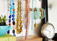 Copper-pipe-jewelry-stand-DIY-217x155