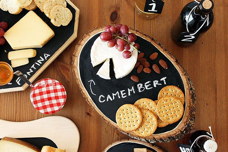 DIY Chalkboard trays from tree stumps