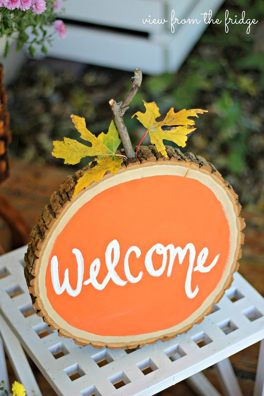 DIY Wood slice pumpkin welcome sign