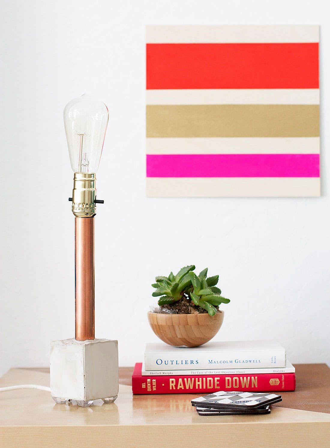 DIY-copper-pipe-and-concrete-table-lamp-idea