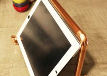 DIY-copper-pipe-iPad-stand-is-a-showstopper-217x155