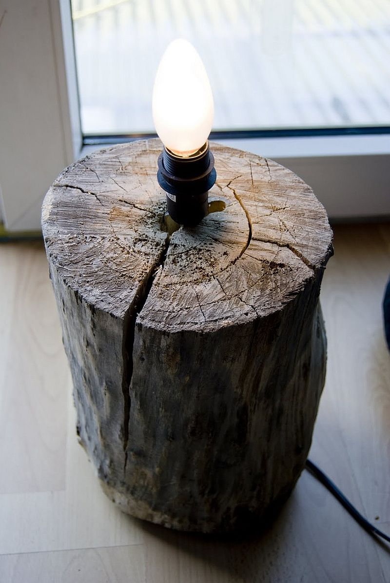 DIY tree stump light