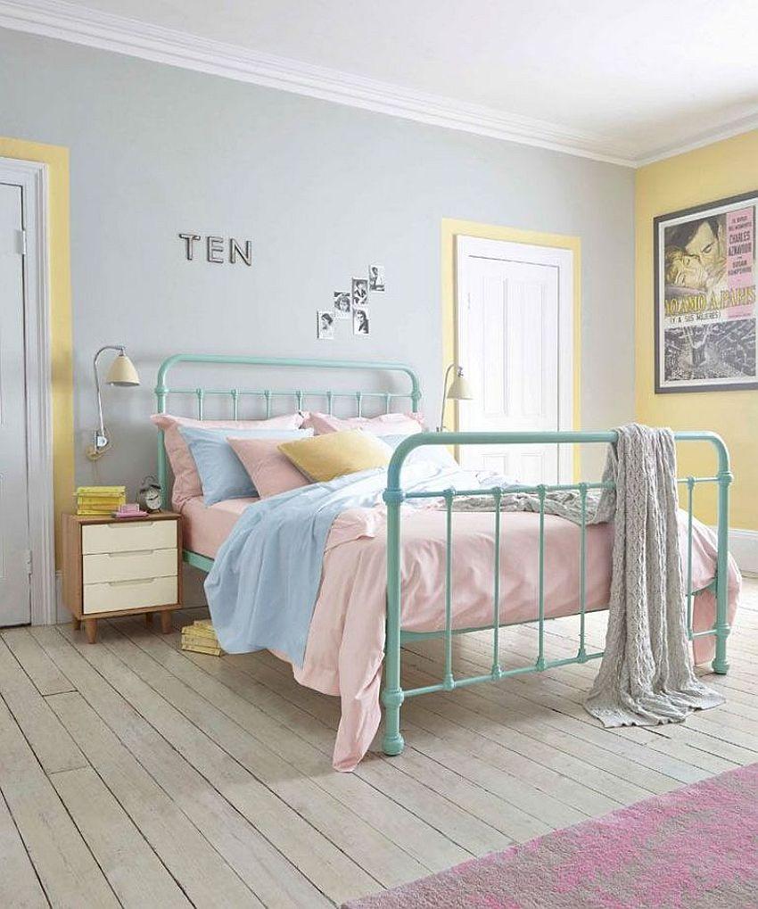 Delightful-blend-of-pastels-in-the-bedroom