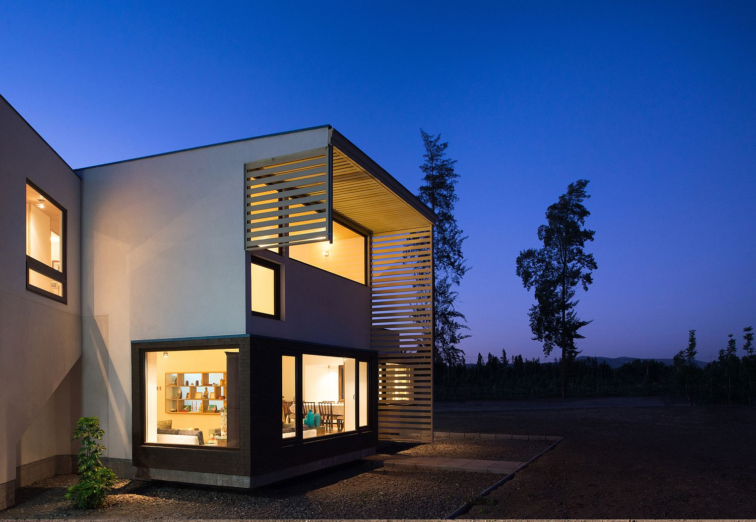 Extended roof offers protection from scorching heat and direct sunlight