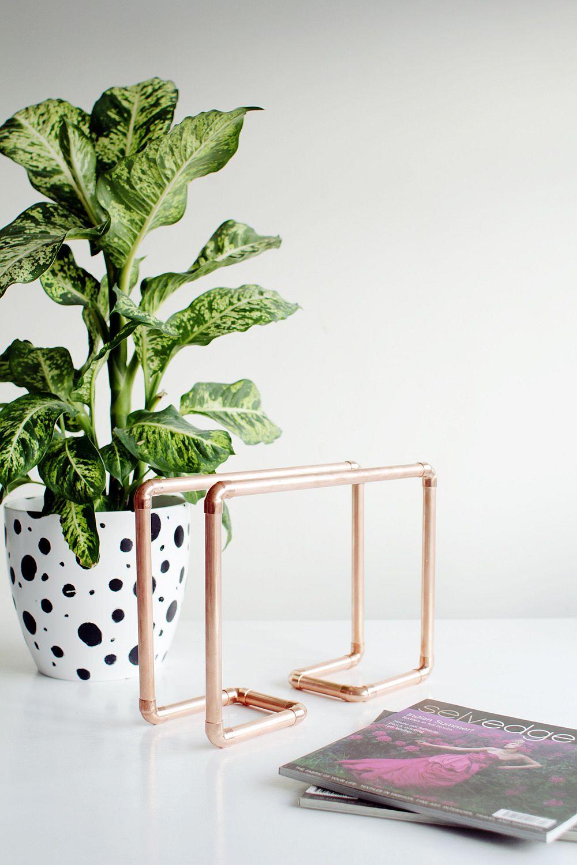 Goregous Copper Pipe Magazine Rack DIY