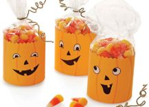 Jack-o-Lantern-Party-Favors-with-goofy-charm-217x155