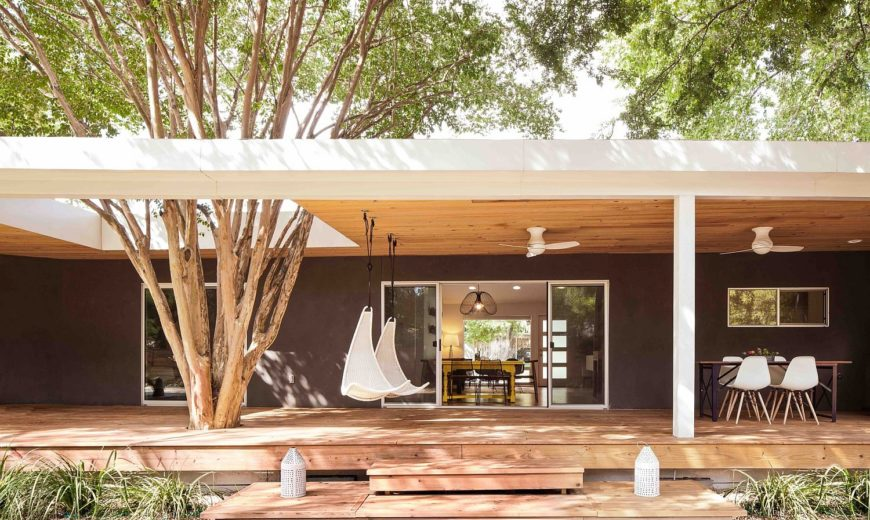 1960's Ranch-Style Home in Austin Gets a Colorful, Light-Filled Makeover