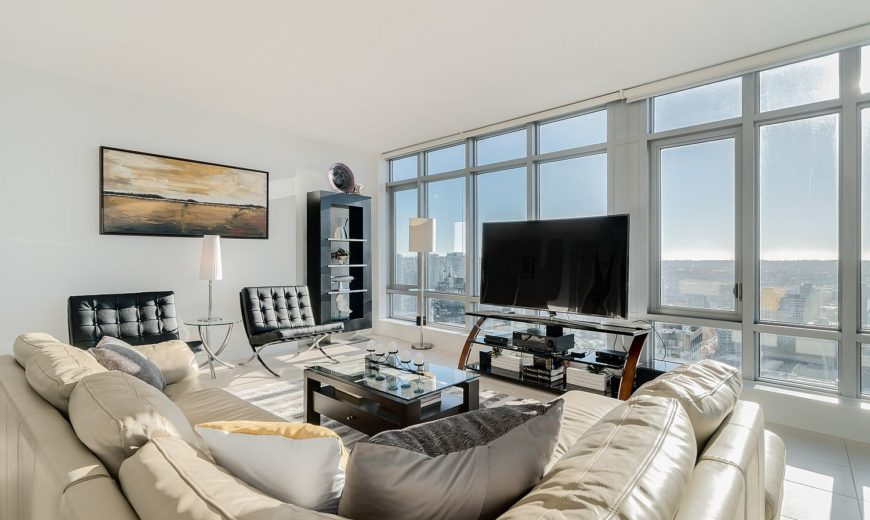 Dreamy Sunsets, Ocean Views and Urban Luxury: 36th floor Vancouver Condo has it All!