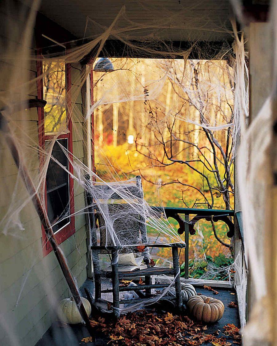 10 DIY Creative Haunted House Ideas for Halloween