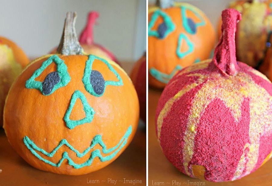 Puffy-Paint-Jack-o-Lanterns-DIY-Halloween-Craft