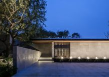 Simple-and-minimal-design-of-the-contemporary-Tea-House-217x155