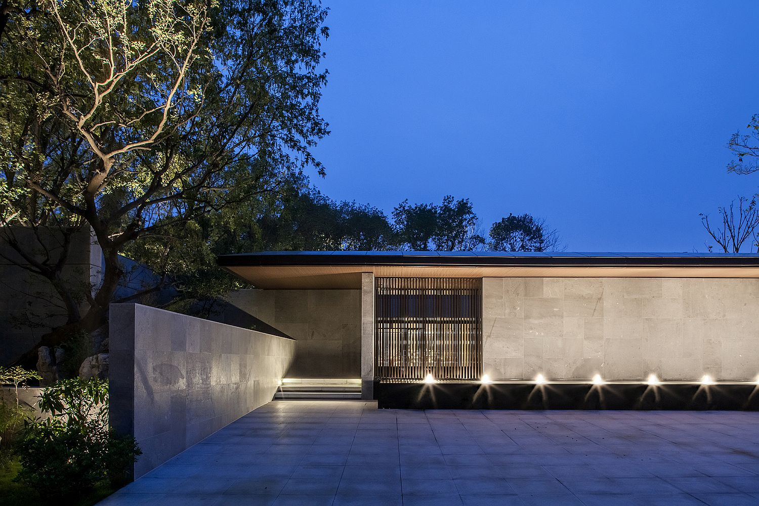 Simple and minimal design of the contemporary Tea House