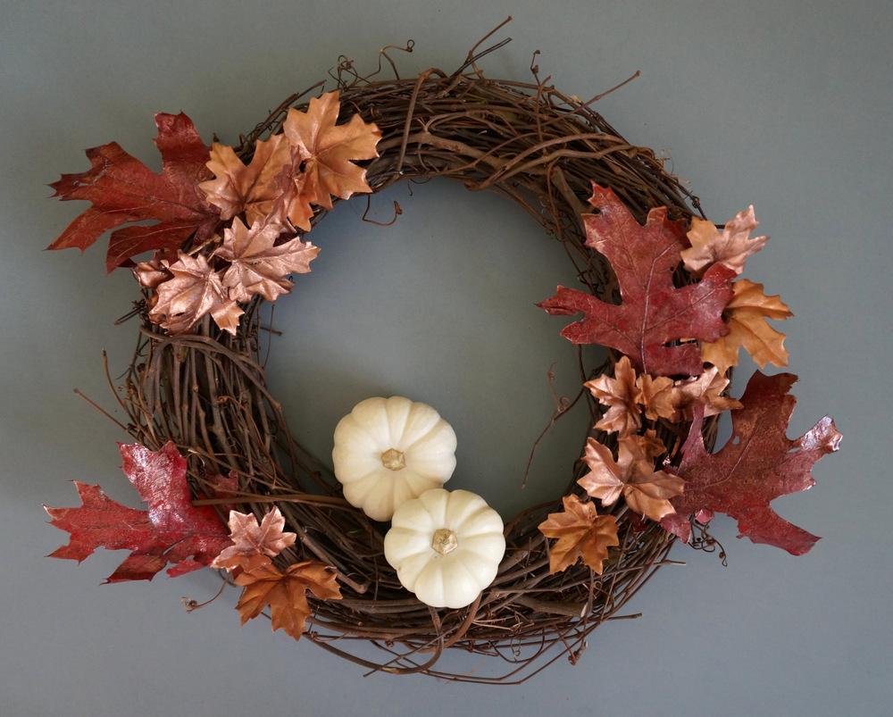 Simple fall wreath DIY idea