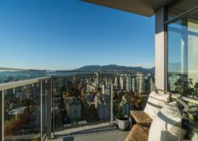Small-balcony-of-the-36th-floor-luxury-condo-with-memserizing-view-of-the-Bay-Area-217x155